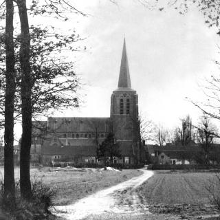 061-Kerkschesteegh in Bakel, waar nu de Bernhardstraat is