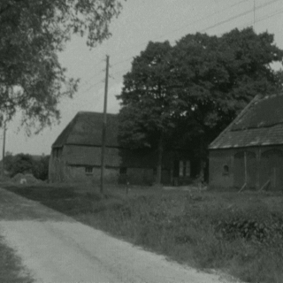 067-Milheeze, de straat de Bocht.