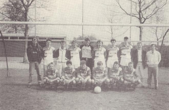 mb50-04||https://www.heemkundekringbakelenmilheeze.nl/files/images/milheezer-boys-50/mb50-04_128.jpg