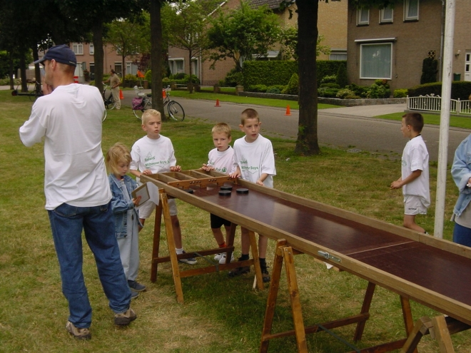 mb-60-102  https://www.heemkundekringbakelenmilheeze.nl/files/images/milheezer-boys-60/mb-60-102_128.jpg
