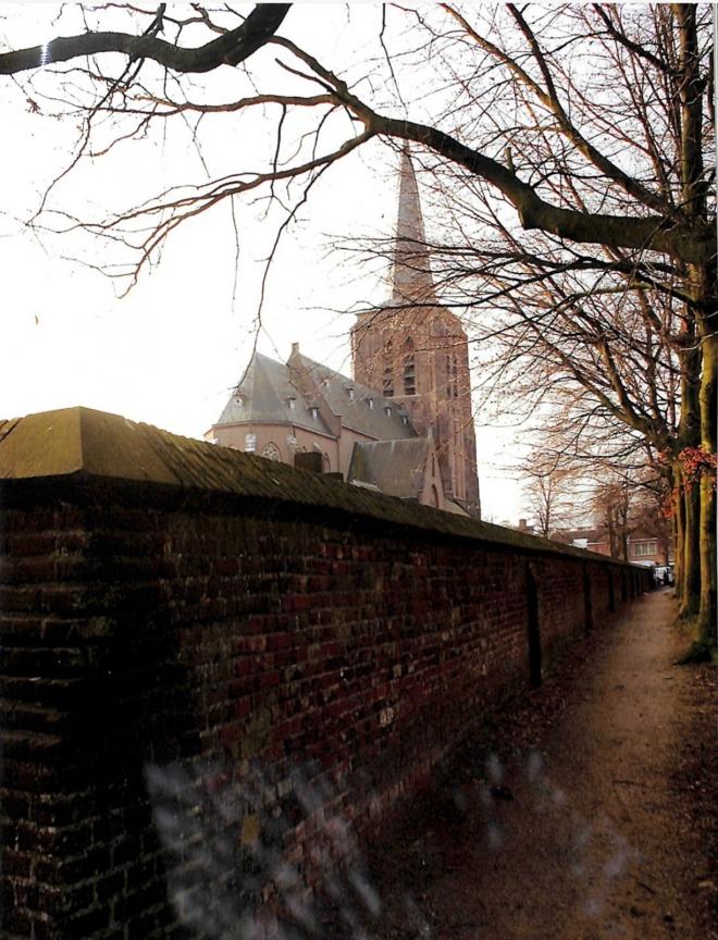 Weg gemert bakel - kerkhofmuur-bakel